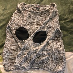 SWEATER WITH ARM PATCHES